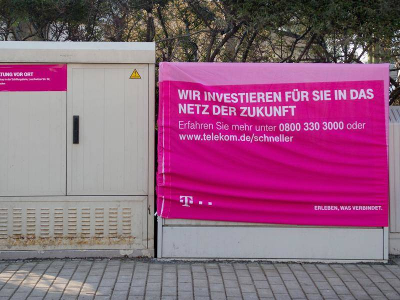 Telekom Nutzt Verteilerkästen Für Elektroauto Ladestationen