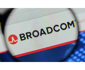Broadcom-Logo unter Lupe