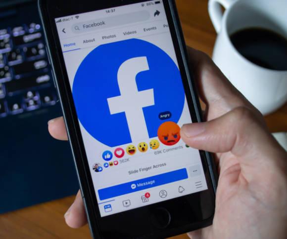 Facebook Löschen über Handy
