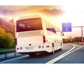 Omnibus auf der Autobahn