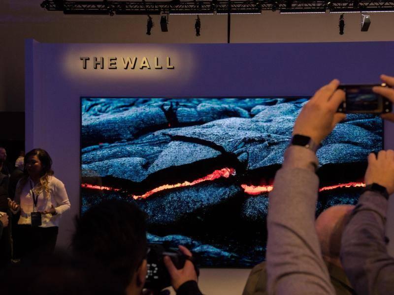 Spiegel Tv Samsung : Ces neuheiten: sprechende spiegel und vr für die füße telecom